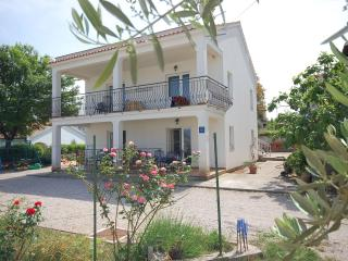 Charming ap. for 2-3 pers. IOVINO close to the sea - Vantacici vacation rentals