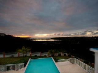 Lovely 5 Bedroom Villa in Lower South Hill - Sandy Ground vacation rentals
