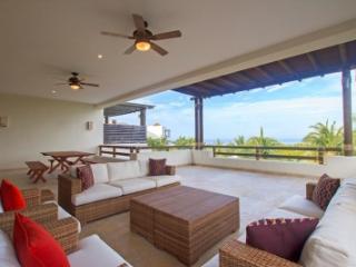 Amazing 4 Bedroom Villa in Punta MIta - La Cruz de Huanacaxtle vacation rentals