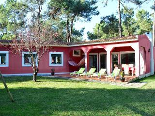 Villa Muguet - Charneca da Caparica vacation rentals