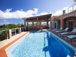 Delightful 5 Bedroom Villa in Secret Harbour - East End vacation rentals