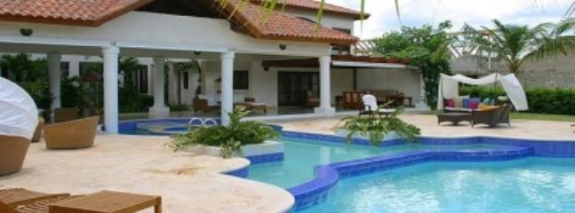 Fantastic 5 Bedroom Villa in Casa de Campo - Image 1 - La Romana - rentals