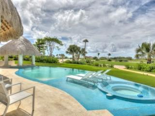 Delightful 6 Bedroom Villa in Cap Cana - Punta Cana vacation rentals