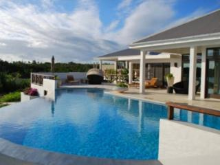 Sensational 4 Bedroom Villa in Rendezvous Bay - Rendezvous Bay vacation rentals