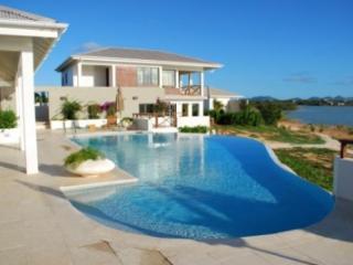 Sensational 4 Bedroom Villa in Rendezvous Bay - Rendezvous Bay vacation rentals