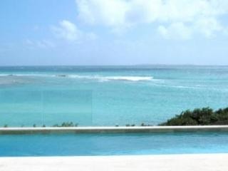 Sensational 3 Bedroom Villa in Elsie Bay - Little Harbour vacation rentals