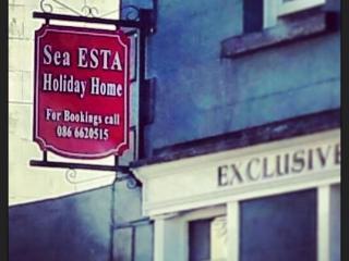 Sea-esta Carlingford Holiday Home, Main Street - Carlingford vacation rentals
