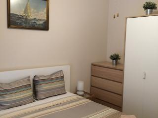 Cosy flat next to sea & center - Palaio Faliro vacation rentals