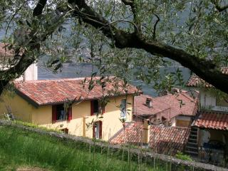 Cozy 3 bedroom House in Monte Isola - Monte Isola vacation rentals