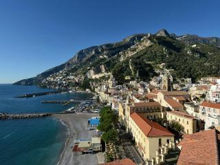 Nice House with Television and Waterfront - Amalfi vacation rentals