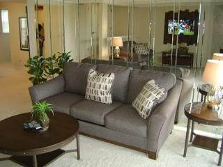 Nice Condo with Internet Access and Television - Lake Ozark vacation rentals
