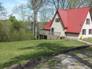 Lakefront with Dock 4 Bedroom 2 Bath - Falls of Rough vacation rentals