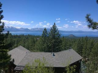 Nice House with Dishwasher and Iron - Stateline vacation rentals