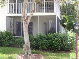 Comfortable Two Bedroom, Near Beach and Downtown - Naples vacation rentals
