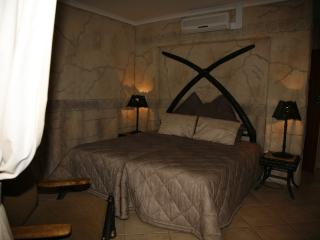 Bright 11 bedroom Bed and Breakfast in Rustenburg with A/C - Rustenburg vacation rentals