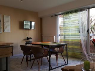 Appartement avec Jacuzzi et piscine résidentielle - Montpellier de Medillan vacation rentals