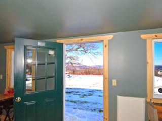 Stylish 1BR Sumner Cabin on 140 Private Acres w/Wifi, Cheerfully Appointed Interior & Awe-Inspiring Mountain Views - Paradise for Nature Lovers & Winter Sport Enthusiasts! - Sumner vacation rentals