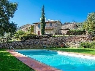 Comfortable 3 bedroom House in Greve in Chianti with Internet Access - Greve in Chianti vacation rentals
