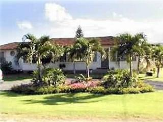Sunny House with Internet Access and A/C - Kekaha vacation rentals