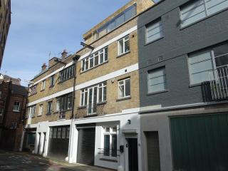 Loft-Style Living In Clerkenwell - 3 Bedroom House - London vacation rentals