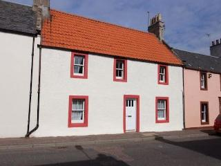 Cosy cottage near Elie, golf, beaches, pet friendly - Colinsburgh vacation rentals