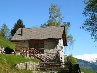 Bright 1 bedroom Vacation Rental in Ticino - Ticino vacation rentals