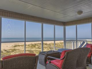 Cozy House with Deck and Internet Access - Port Saint Joe vacation rentals
