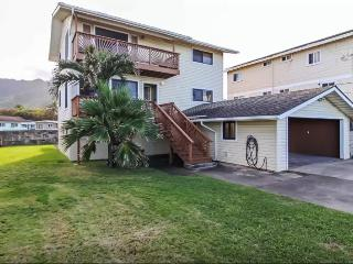 Pineapple House Combo (4bd) close to beach! - Laie vacation rentals