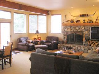 4 bedroom House with Internet Access in Ketchum - Ketchum vacation rentals