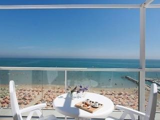 Sunny Condo with Internet Access and Dishwasher - San Giuliano a Mare vacation rentals