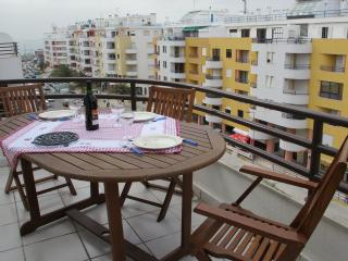 Cozy 2 bedroom Apartment in Estoril - Estoril vacation rentals