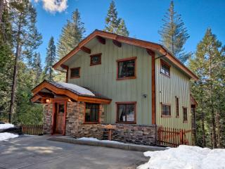 Two King Bedrooms, Two Baths, Inside Yosemite Gates - Yosemite National Park vacation rentals