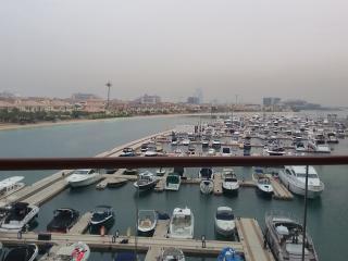 Large Seafront Studio (Sailor West) Palm Jumeirah - Dubai vacation rentals
