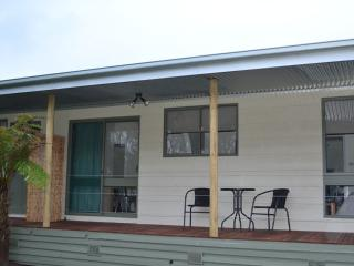 Wonderful Farmhouse Barn with A/C and Satellite Or Cable TV - Port Campbell vacation rentals
