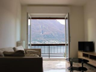 Casa Gigi Window on the Lake- 2 bedrooms apartment - Faggeto Lario vacation rentals