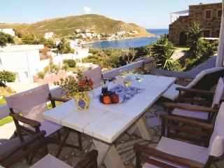3 bedroom House with Housekeeping Included in Grikos - Grikos vacation rentals