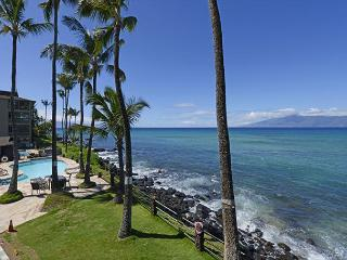 Noelani Sooo close to the water! End Unit! - Lahaina vacation rentals