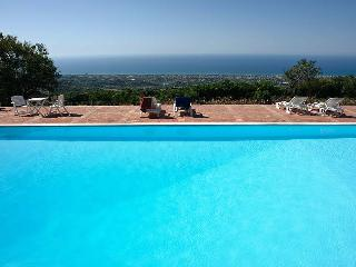 Charming 2 bedroom Collesano Apartment with Shared Outdoor Pool - Collesano vacation rentals