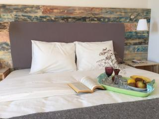 Lovely Bed and Breakfast with Internet Access and A/C - Pakostane vacation rentals