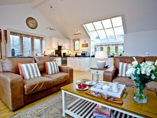 2 Edith Mews located in Hallsands, Devon - Beesands vacation rentals