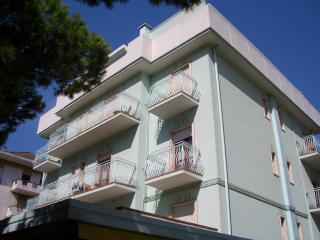 Cozy 1 bedroom Vacation Rental in Jesolo Lido - Jesolo Lido vacation rentals
