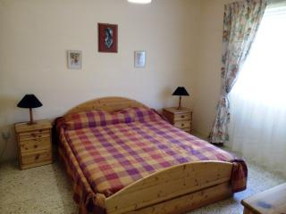 3 bedroom, central, large, bright flat in Bugibba - Bugibba vacation rentals