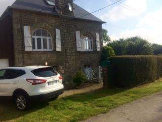 Comfortable House with Washing Machine and Television - Saint-Michel de-Plelan vacation rentals
