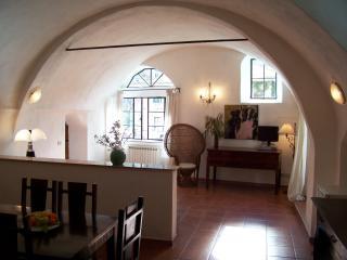 Stylische Wohnung mit Garten, Meernähe, W-Lan - Dolcedo vacation rentals