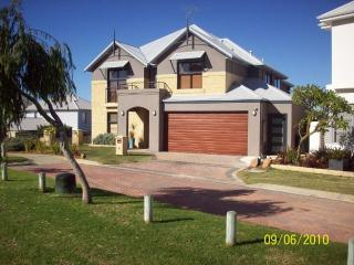 Navana at Fremantle (Fremantle Holidays Pty Ltd) - Beaconsfield vacation rentals