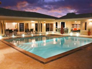 """Villa with Jacuzzi, TVs in all bedrooms and livingroom!"" - Sosua vacation rentals"