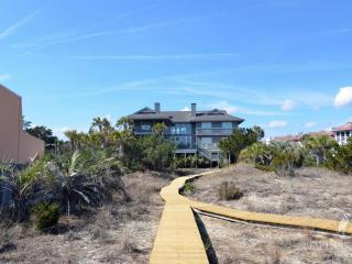 Wonderful House with Deck and Microwave - Pawleys Island vacation rentals