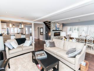 Niagara Lakefront Luxury Estate - Niagara-on-the-Lake vacation rentals