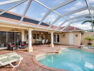The Patio - 4 bedrooms, 3 bathrooms, Pool and Spa - Cape Coral vacation rentals