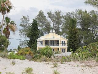 Gulf views - New(2014) 5 bedroom,4 baths, Elevator - Manasota Key vacation rentals